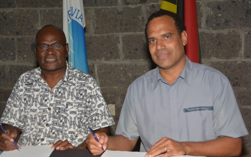 Chairman of PASO, Mr Wilson Sagati (Left), and the Minister of Foreign Affairs for Vanuatu, Mr Ralph Regenvanu (Right), signing the new Host Agreement on 8 May 2018 as part of the PASO Council's Annual General Meeting held at the Warwick Hotel, in Port Vila, Vanuatu.